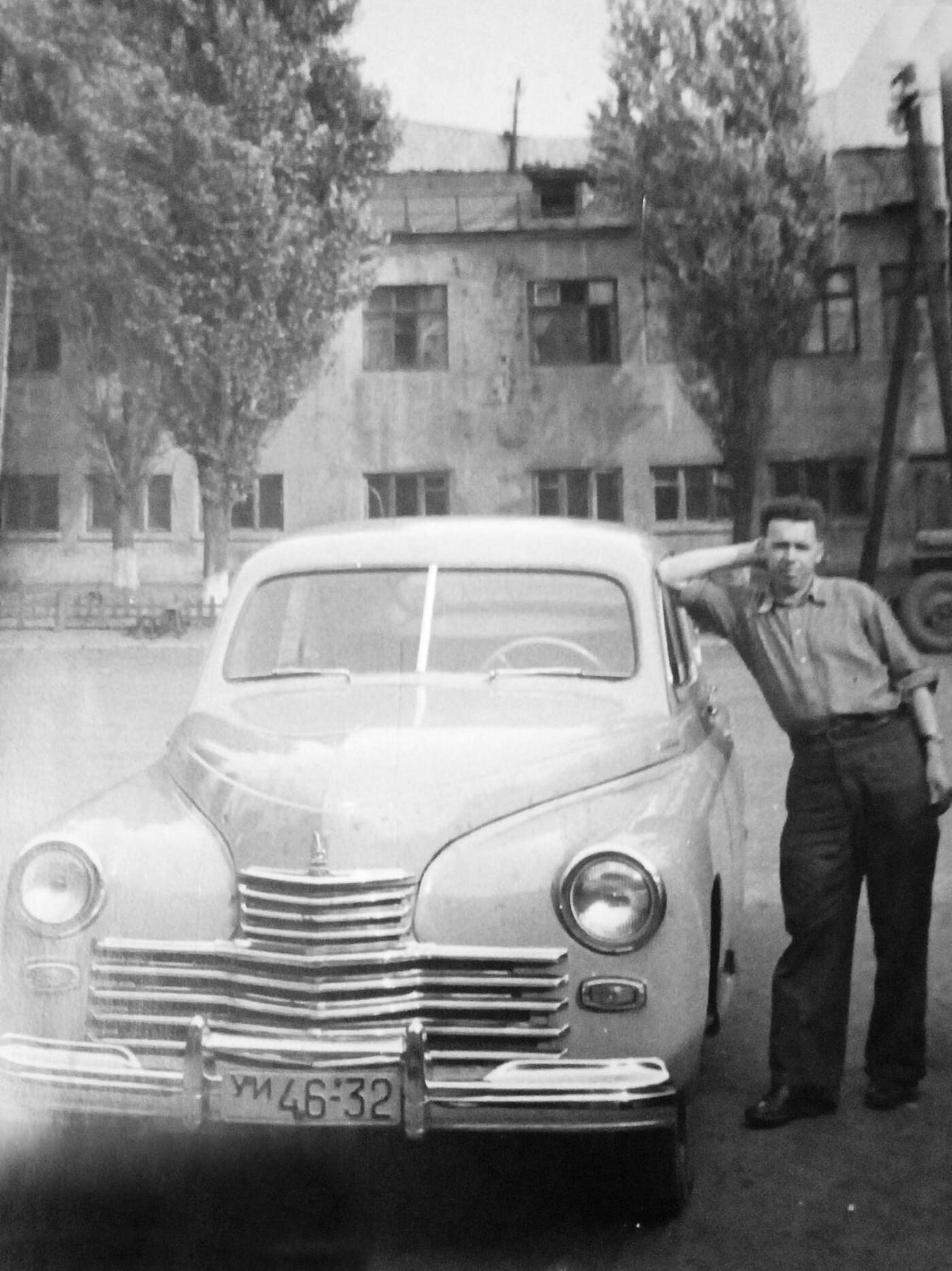 День автомобилиста: архивные фото ретро-автомобилей в Днепре , фото-7