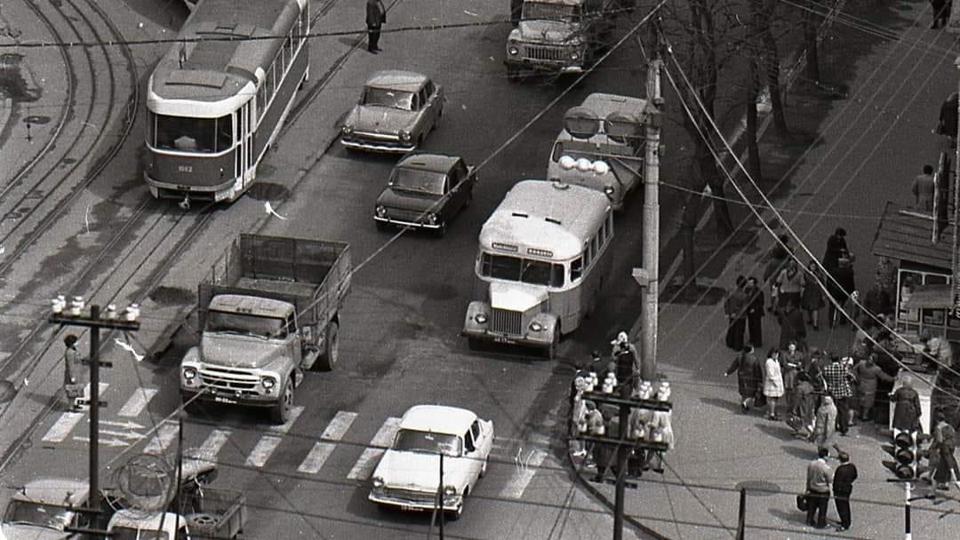 День автомобилиста: архивные фото ретро-автомобилей в Днепре , фото-9