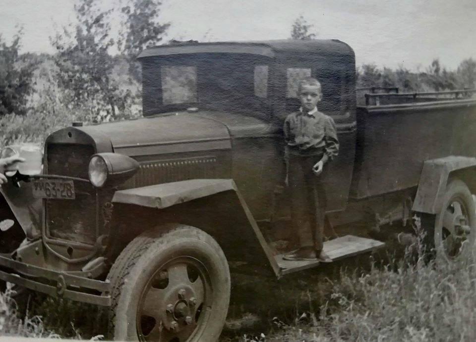 День автомобилиста: архивные фото ретро-автомобилей в Днепре , фото-1