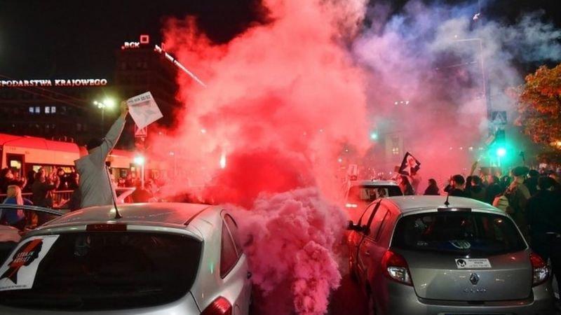 Рассказ днепрянки: как проходят протесты из-за запретов абортов в Польше , фото-1