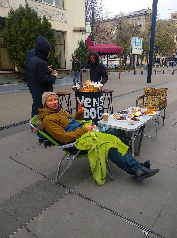 Рестораторы на Короленко. ФБ Сергей Головацкий