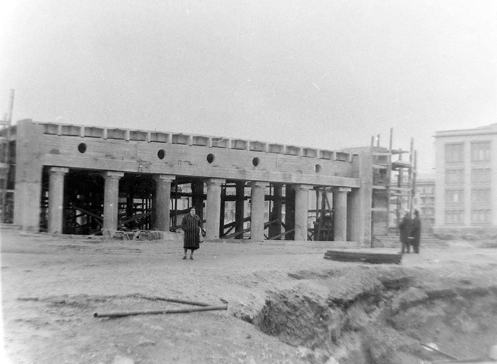 Набережная во время строительства Центрального моста, 1965 год, фото-1