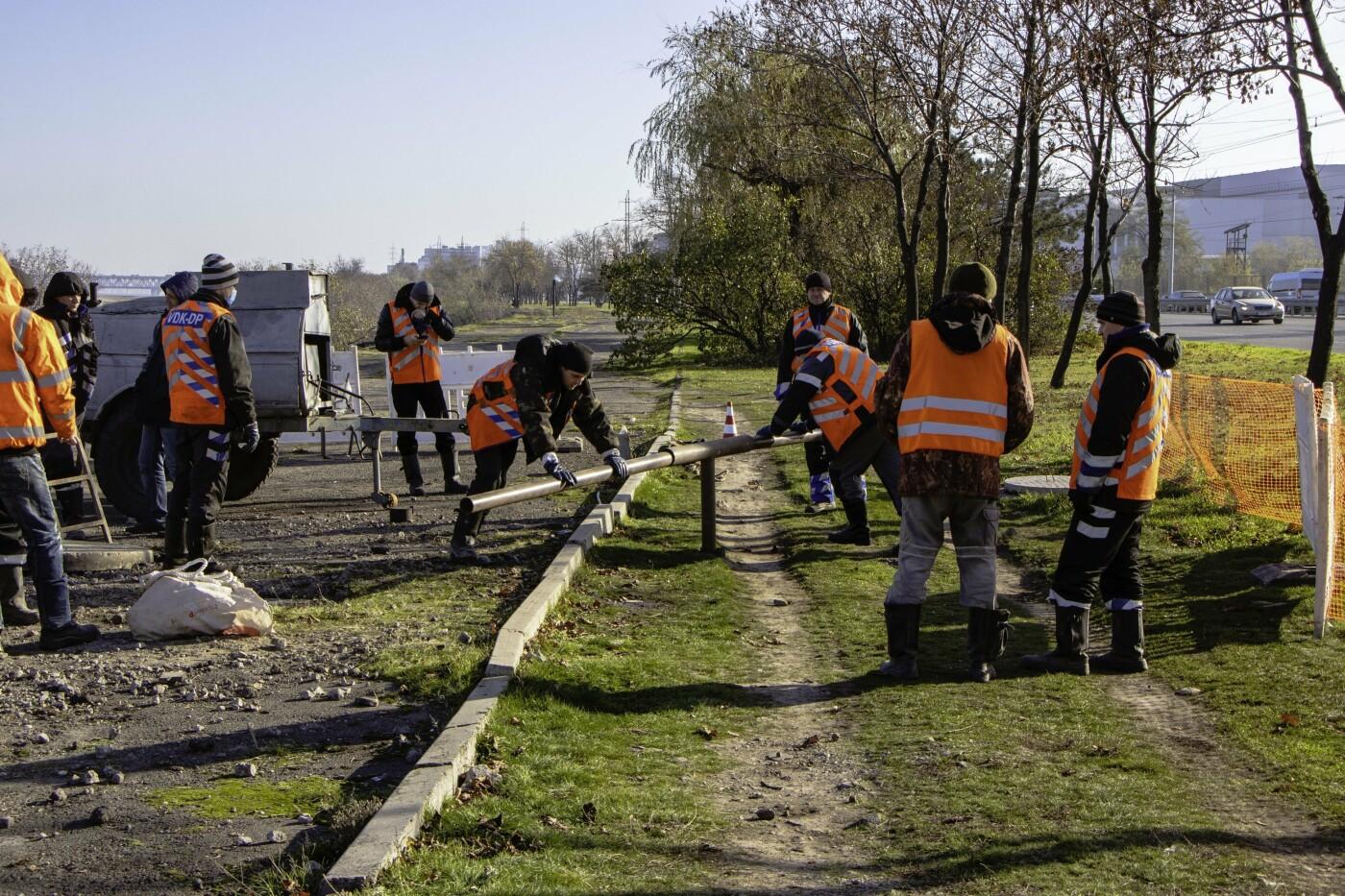 Как проходят ремонтные работы на водопроводных трубах в Днепре, фото-2