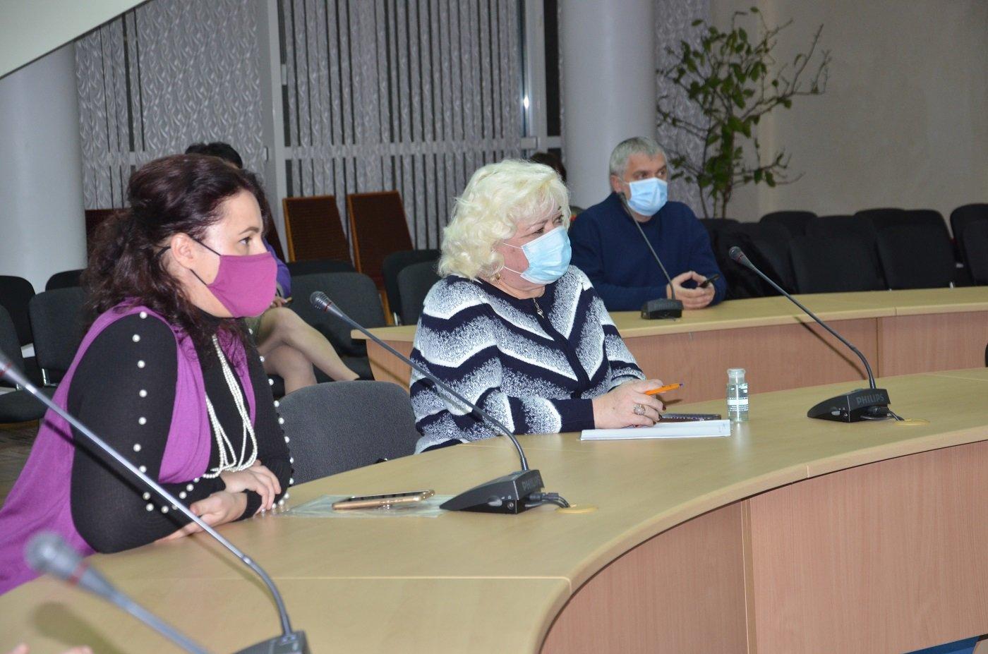 В обладминистрации наградили волонтеров Днепра и области, фото-11