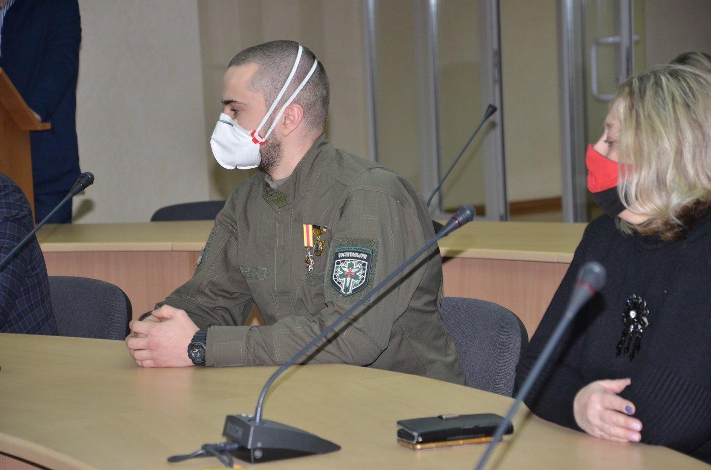 В обладминистрации наградили волонтеров Днепра и области, фото-10