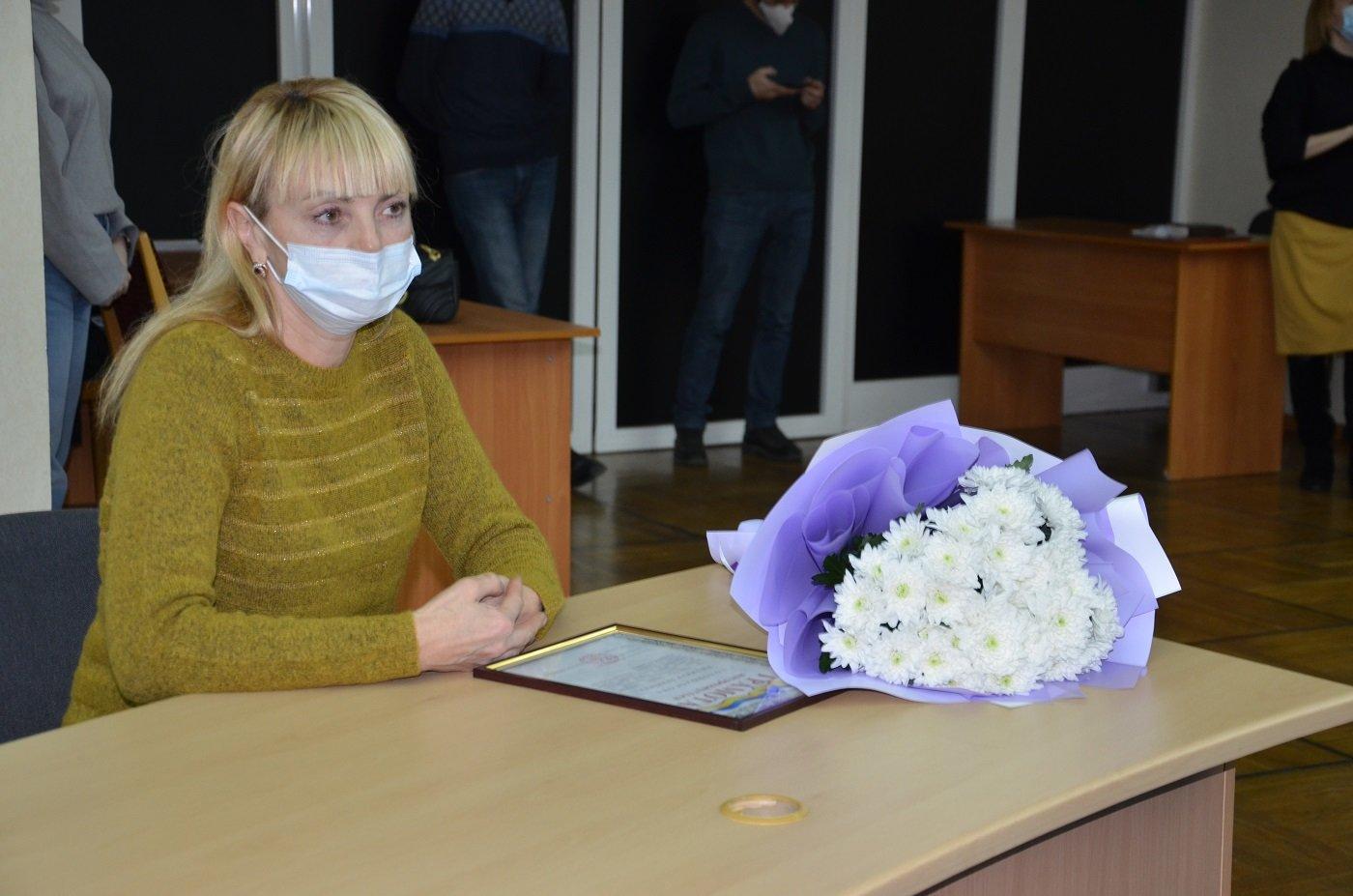 В обладминистрации наградили волонтеров Днепра и области, фото-2