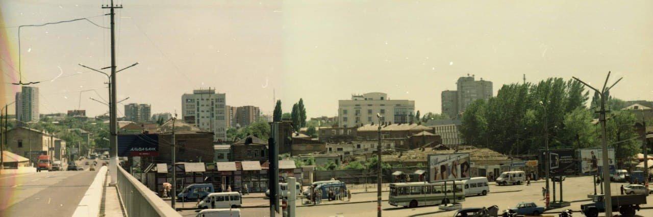 Квартал до строительства ТРК, конец 1990-х или начало 2000-х