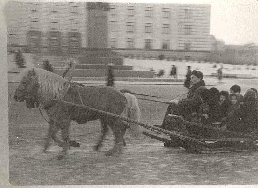 Как раньше встречали Новый Год в Днепре: архивные фото времен СССР, фото-6