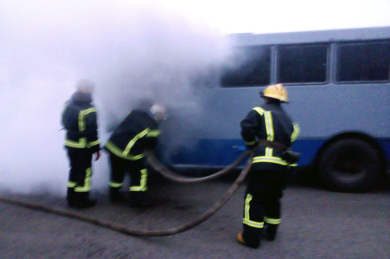 Пожар в автобусе под Днепром
