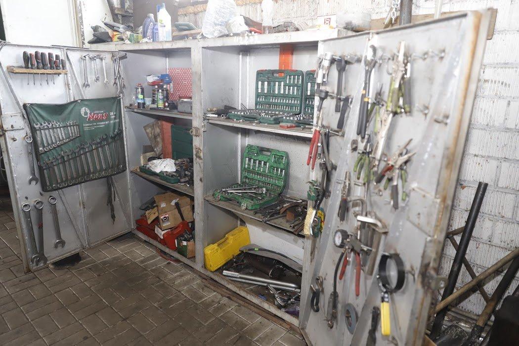 Есть все необходимые инструменты и запчасти