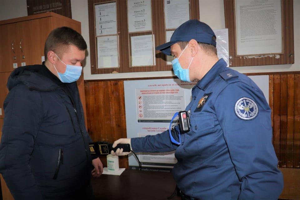 В Днепропетровской области суды меняют охрану: подробности, фото-3