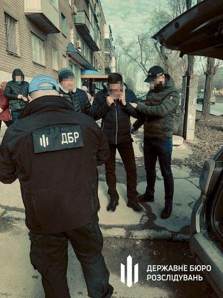 Под Днепром замначальника полиции попался на крупной взятке: подробности, фото-2