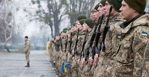 Отлов на улицах и запредельные штрафы: Зеленский хочет ужесточить призыв в армию, фото-1