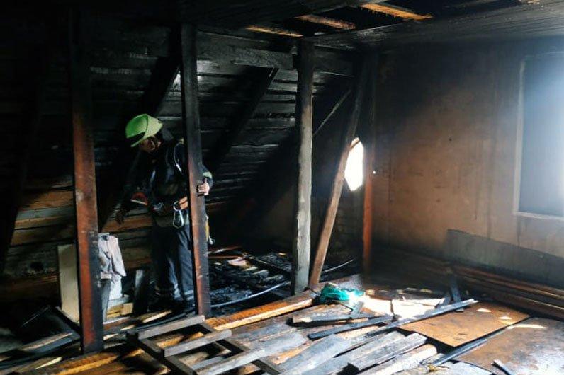 В Днепре на Дивизионной сгорел частный дом, фото-2