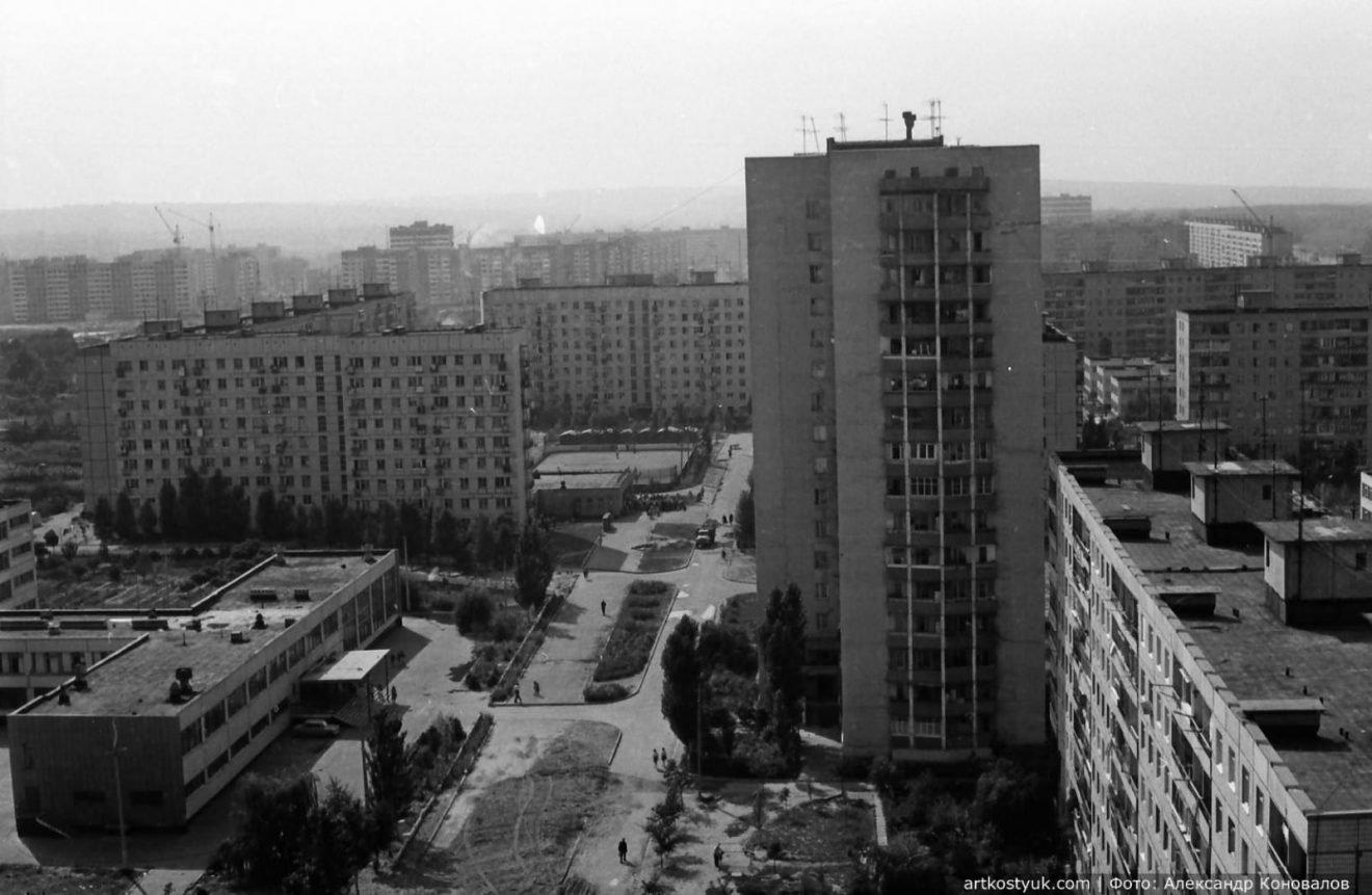 """Башенные краны, мост и легендарный карьер: как выглядел """"Красный камень"""" Днепра в 80-е, фото-3"""