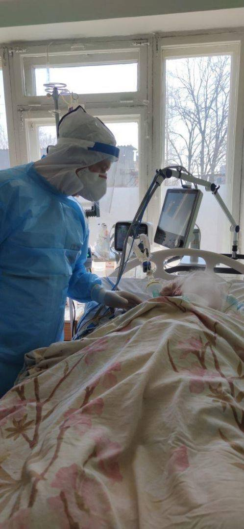 В Днепре перегружены реанимации больными на  COVID-19: все больше пациентов с 100% поражением легких , фото-1