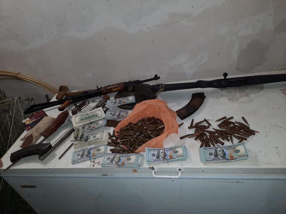"""Под Днепром 250 полицейских провели спецоперацию: поймали """"смотрящего"""" и банду вымогателей, фото-2"""