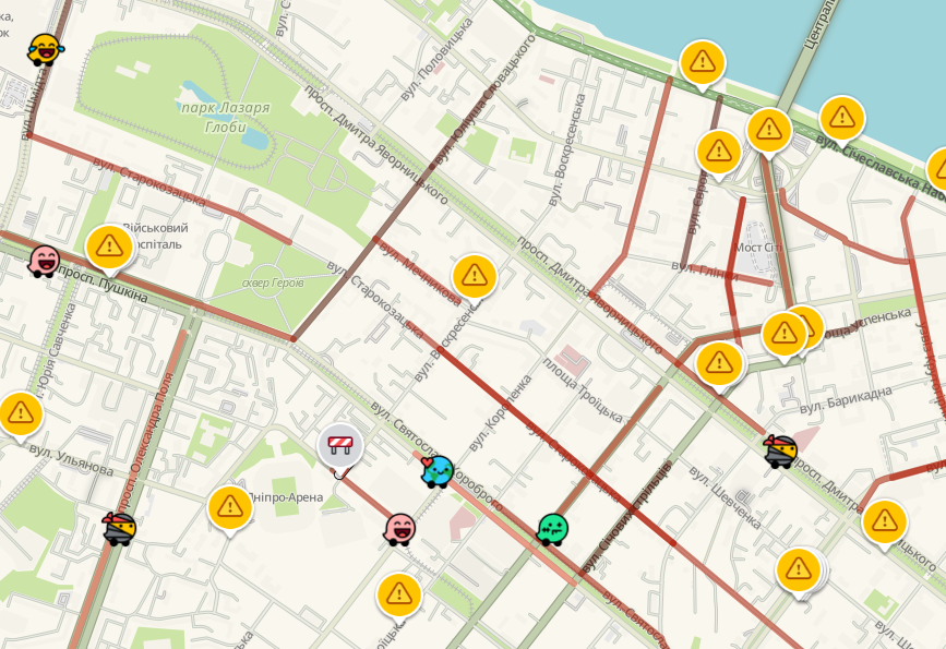"""Пятничные пробки в Днепре: какие улицы сейчас """"стоят"""", фото-1"""
