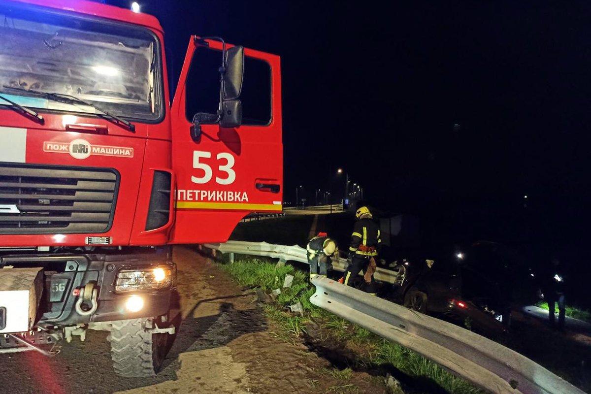 Под Днепром на трассе произошло жесткое ДТП: подробности, фото-1