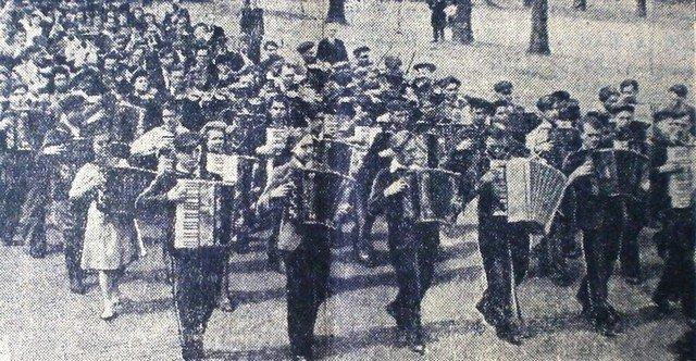 """Забастовки или масштабные гуляния: как в Днепре праздновали """"майские"""" 50 лет назад, - ФОТО, фото-2"""