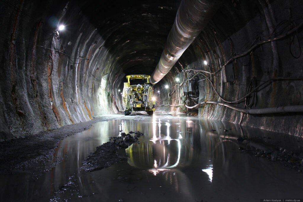 Взрывы, проходка и новые тоннели: что сейчас происходит в метро Днепра, фото-2