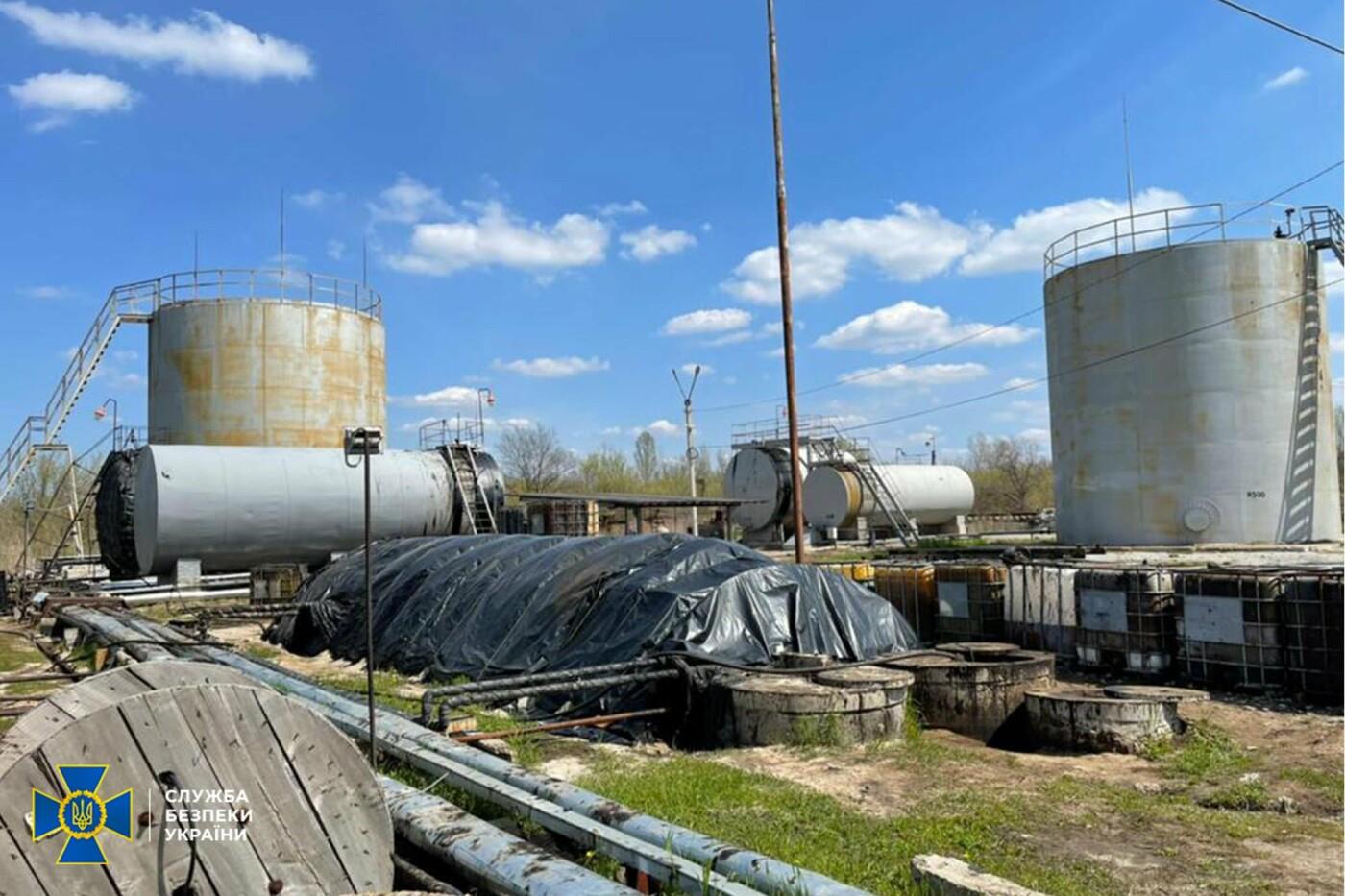 Миллионный оборот: в Днепре прикрыли нелегальный топливный завод, - ФОТО, фото-3