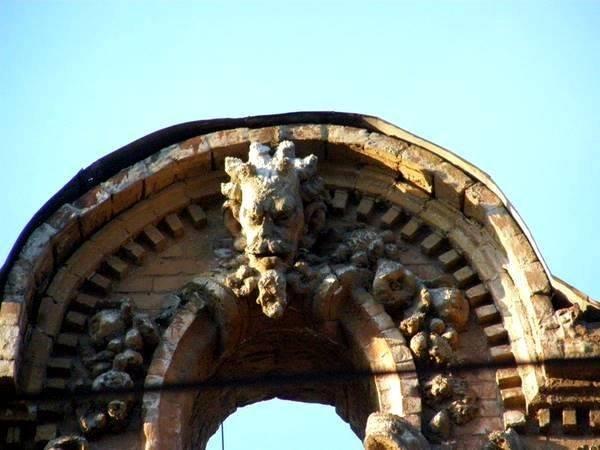 Рогатый сатир, демоны и проклятые монеты: легенды «дьявольского дома» в Днепре, фото-2