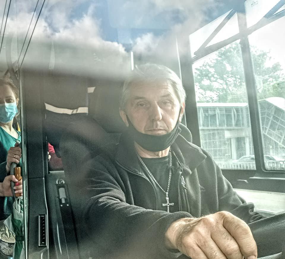 В Днепре водитель отказал в бесплатном проезде военному капеллану: подробности, фото-2