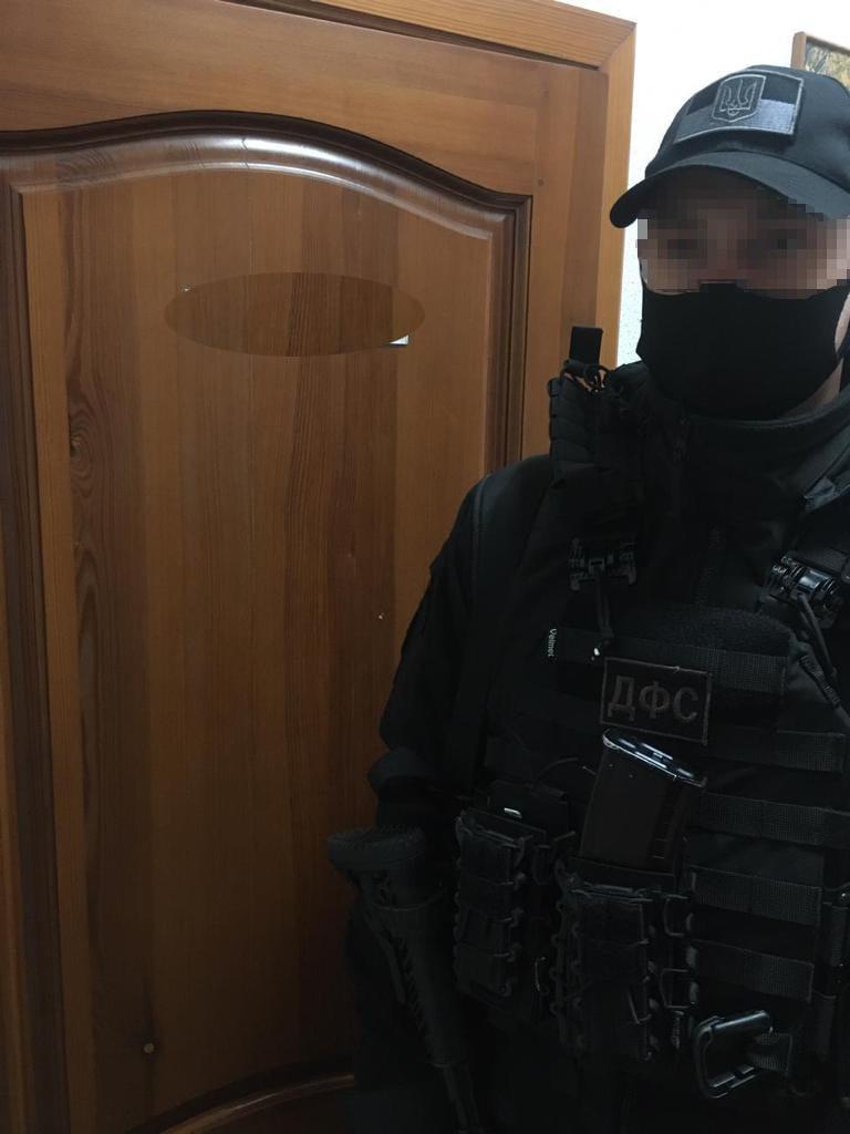 В горсовете на Днепропетровщине силовики проводят обыски, фото-3