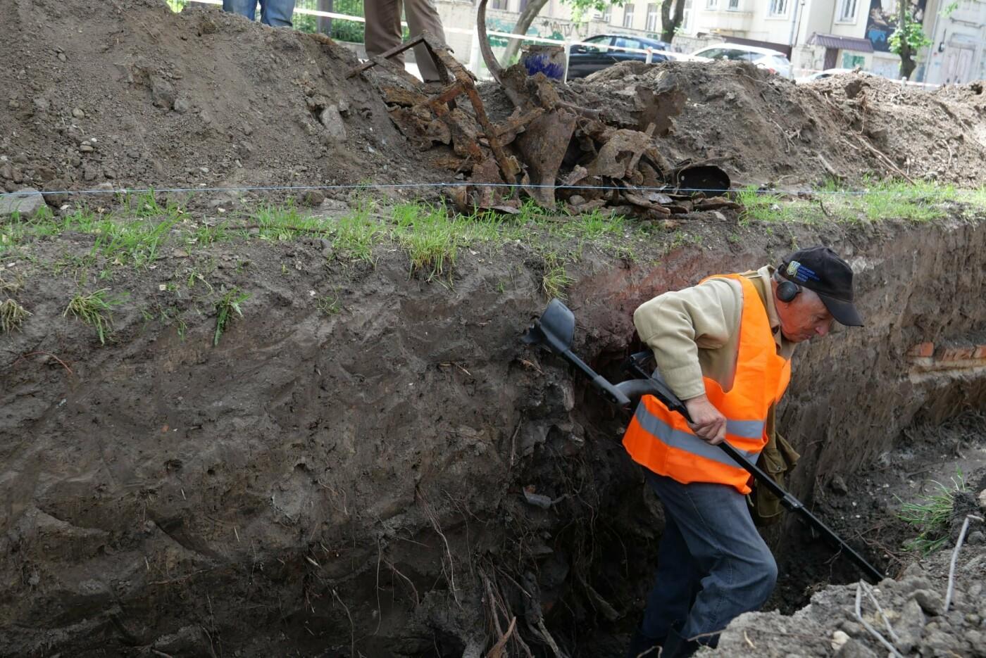 В центре Днепра проводят археологические раскопки: подробности, фото-12