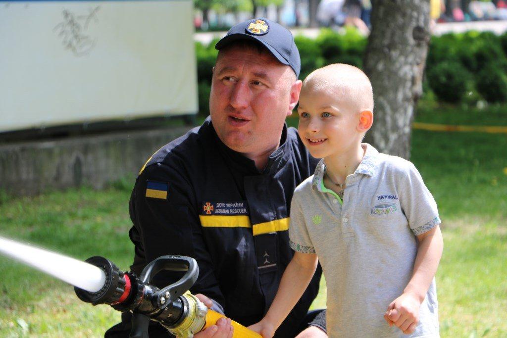На Днепропетровщине спасатели провели масштабную благотворительную Акцию «Спасем Алису Шевчик», фото-3