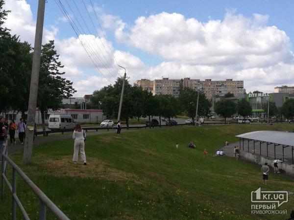 На Днепропетровщине экстренно эвакуировали посетителей торгового центра, фото-3