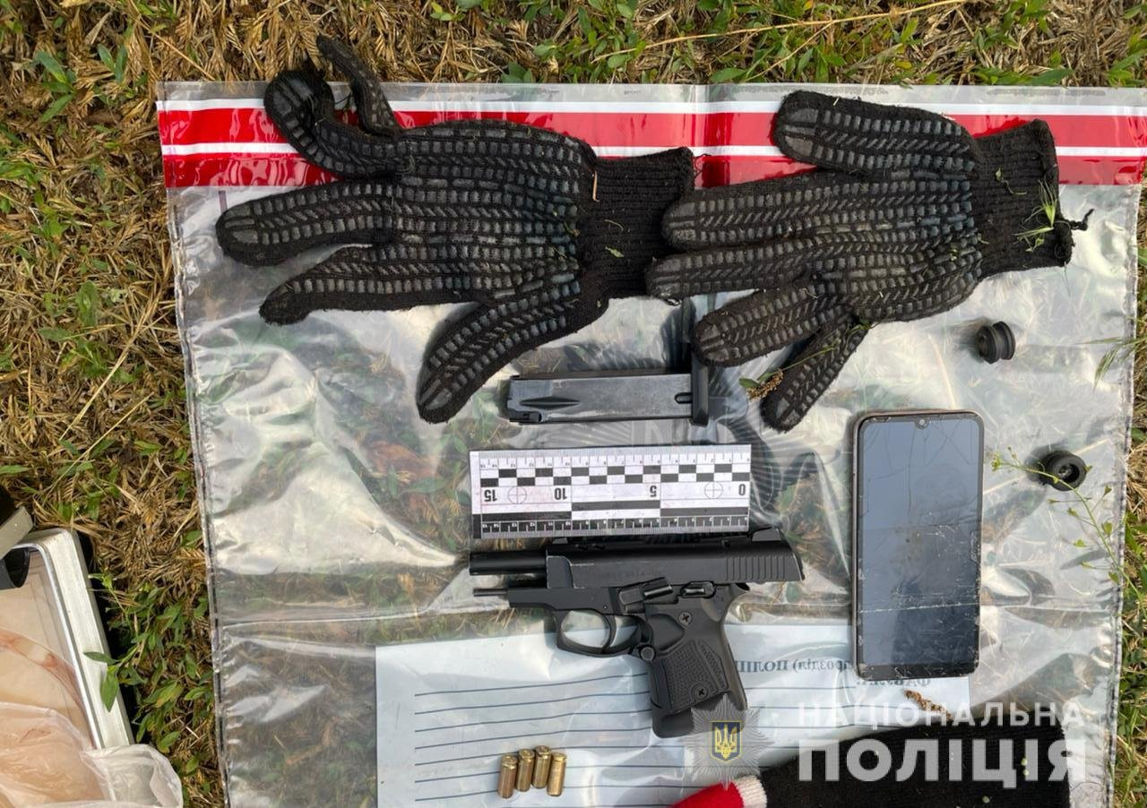 Под Днепром вооруженная банда кошмарила фермеров, фото-1