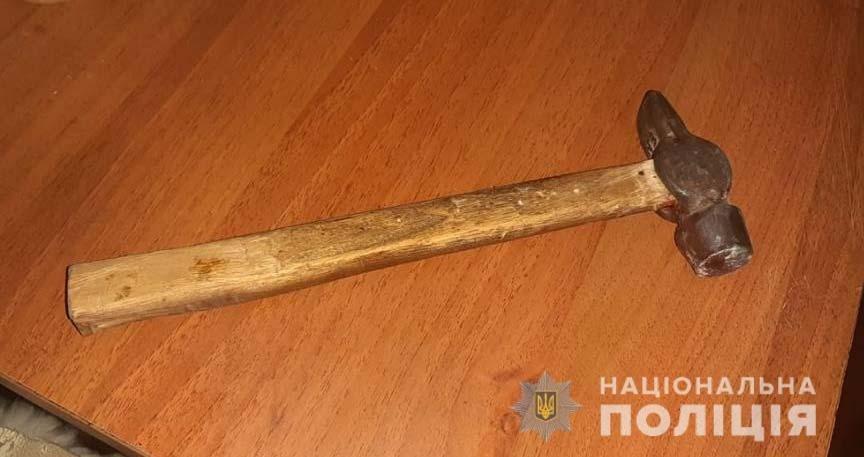 Под Днепром мужчина избил молотком продавщицу и перерезал ей горло, фото-1