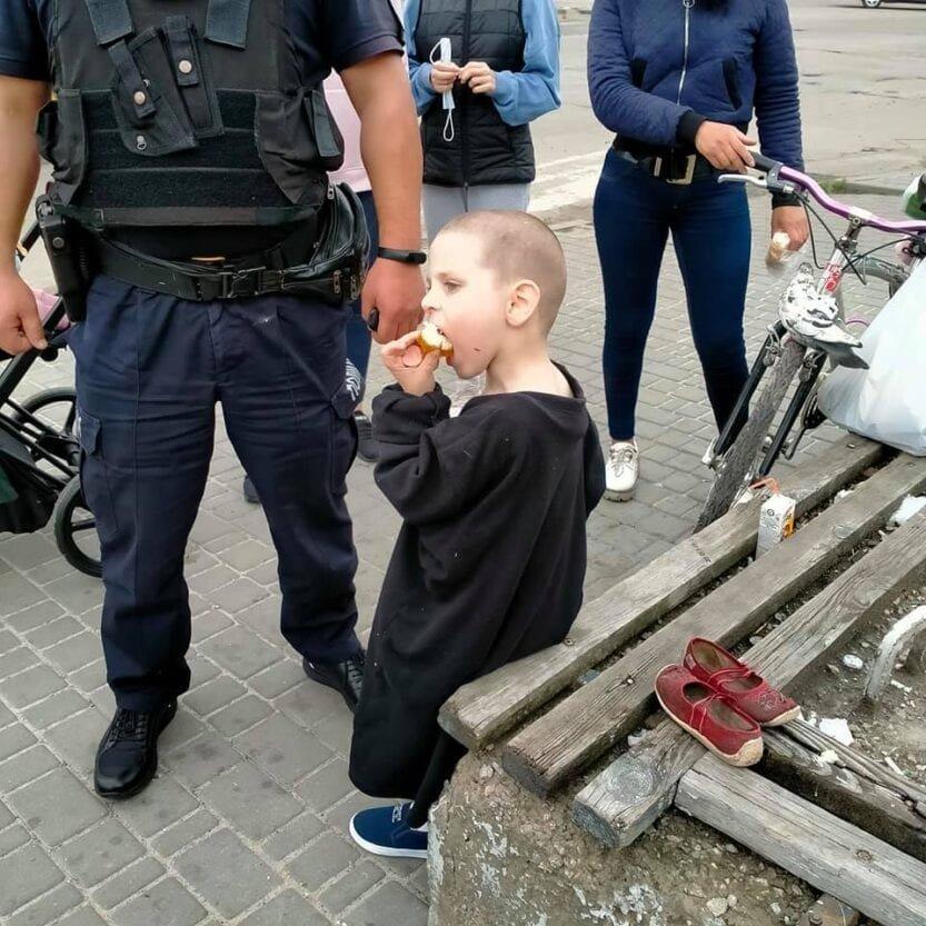 Голодный и раздетый: под Днепром 4-летний мальчик бродил один по городу, фото-1