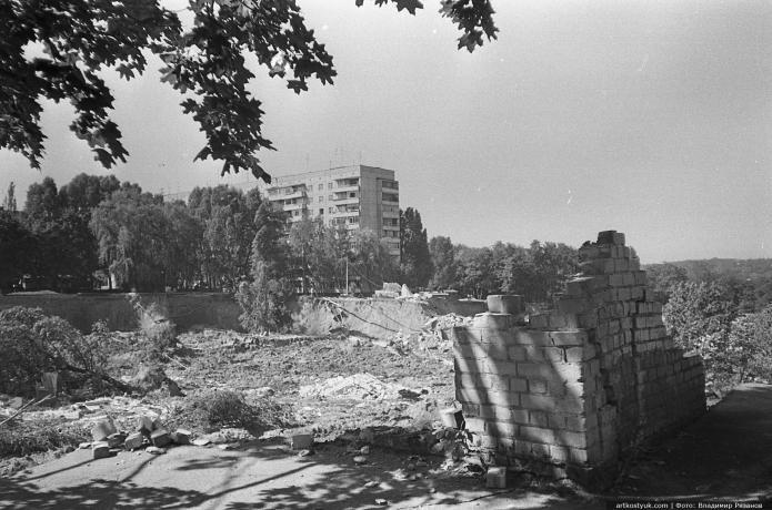 """Трагедия на """"Тополе"""" в Днепре: 24 года назад под землю ушли школа и многоэтажка, - уникальные фото, фото-9"""