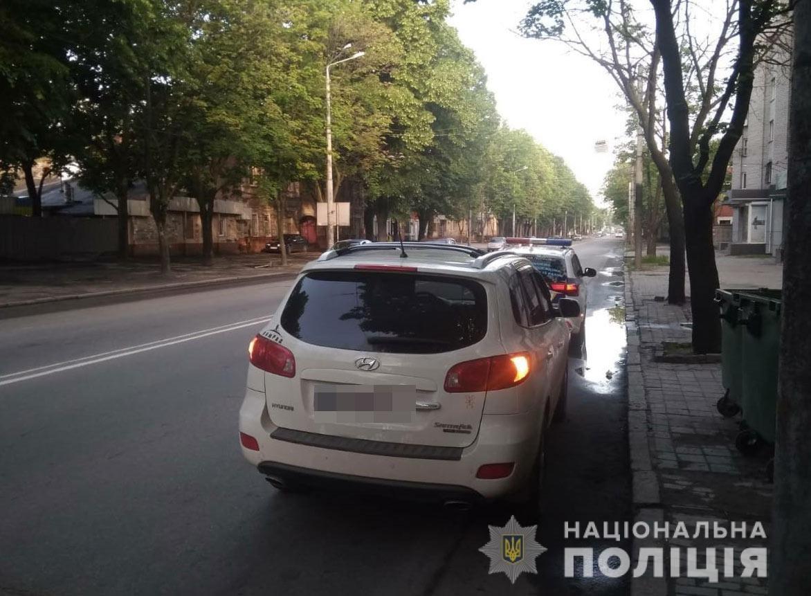 Под Днепром банда вымогателей затолкала мужчину в багажник: требовали выкуп, фото-2