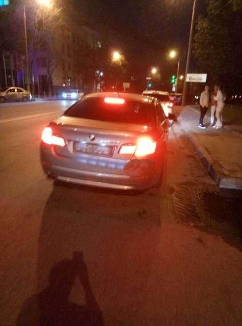 """В Днепре возле ночного клуба """"РИО"""" обстреляли автомобиль, фото-1"""
