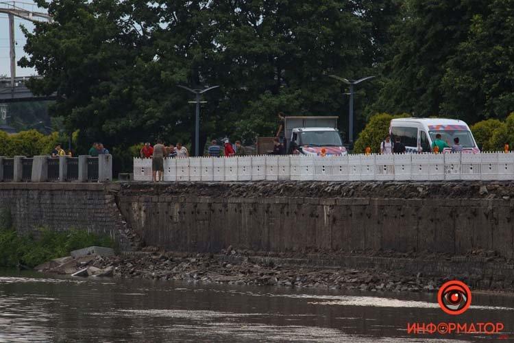 В Днепре обвалился еще один участок Набережной, фото-1