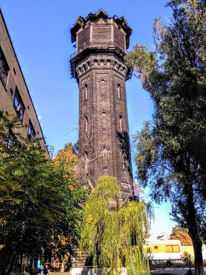 Масштабный пожар и проклятье контрабандистов: легенда самой старой водонапорной башни в Днепре, фото-1