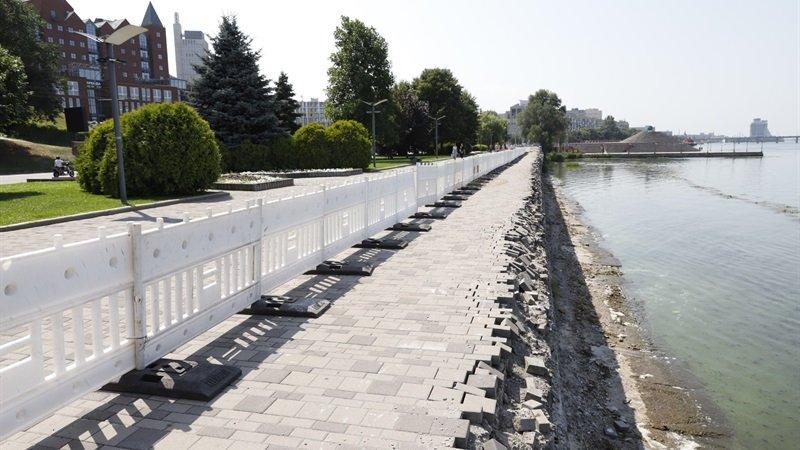 Стало известно когда отремонтируют рухнувшую часть набережной в Днепре, фото-1