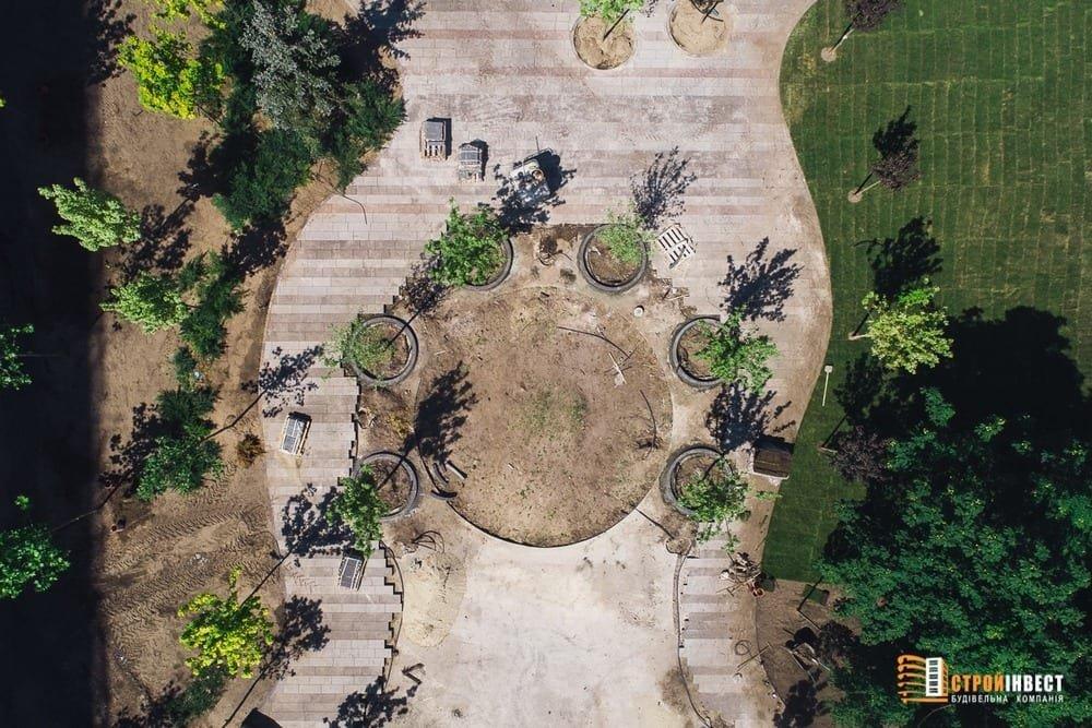 Процесс строительства нового сквера на проспекте Слобожанском показали с высоты птичьего полета, - ФОТО, фото-2