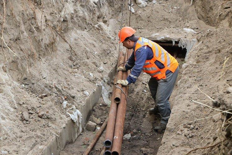 К новому отопительному сезону в Днепре обновляют трубопроводы: адреса, фото-1