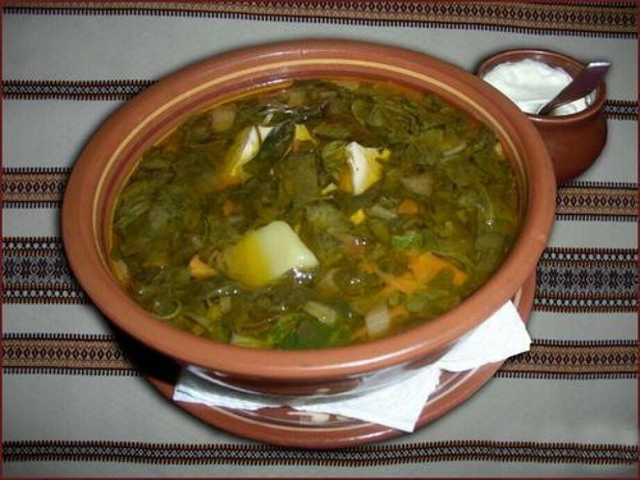 Постный зеленый борщ на овощном бульоне
